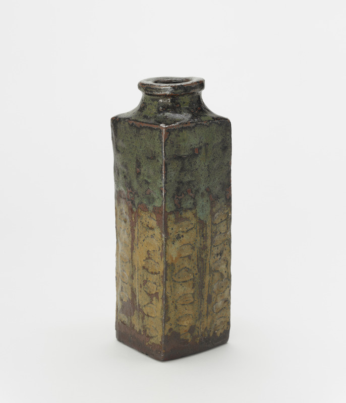 Vase in the form of an archaic Chinese cong