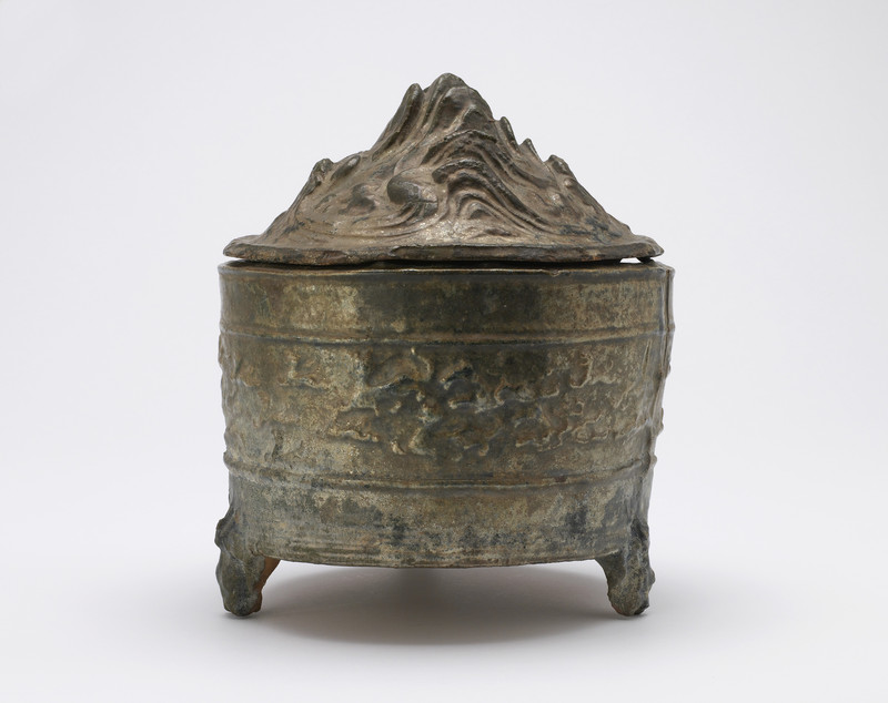 "Tomb vessel with lid (""hill jar"")"