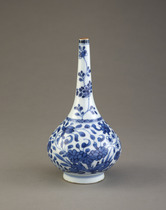 Bottle-shaped vase, one of a pair with F1982.20