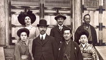 Group photo of Freer with Hara Tomitarō